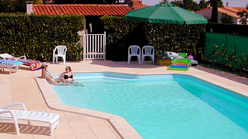Gites in the Vendee, Loire, France with Heated Swimming Pool - Click for bigger image in new window